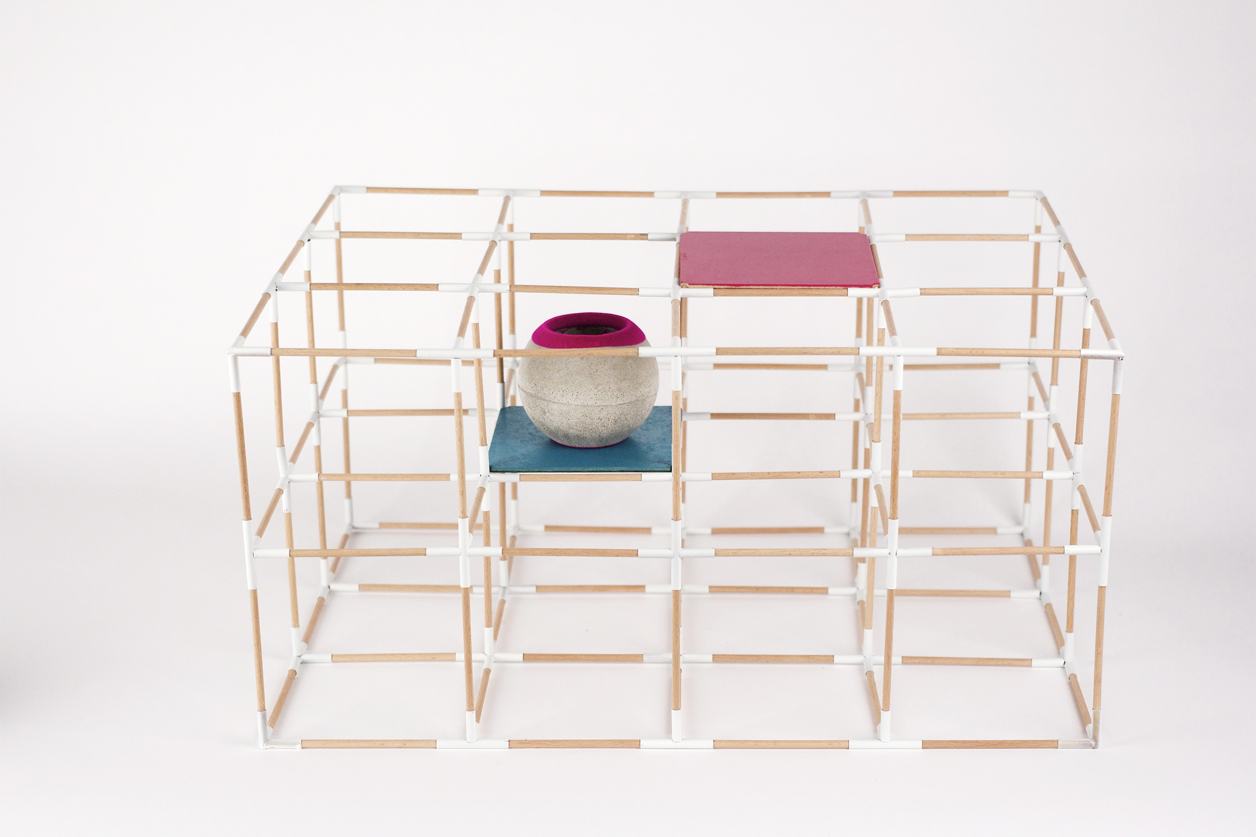 Grid Table – Valerie Schmitz | Photo: Valerie Schmitz