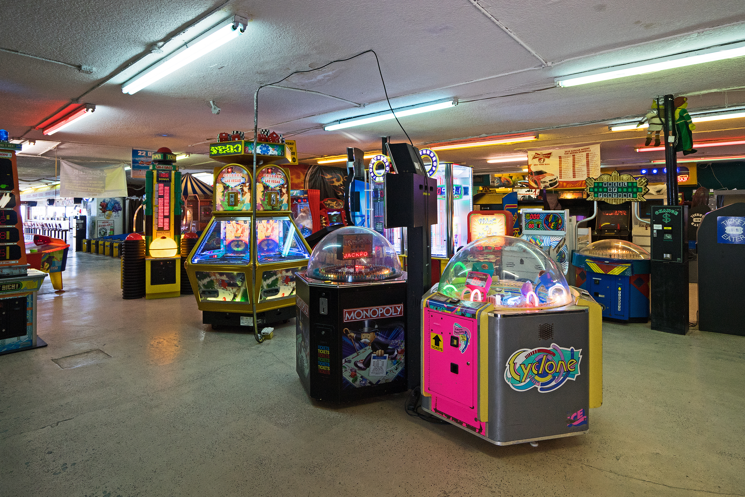 Arcade | Daytona Beach, Florida | Photo: Matthias Ries For a fistful of dollars... Interestingly one of the arcade machines is called Cyclone, just as the legendary wooden roller coaster at Coney Island, NYC.