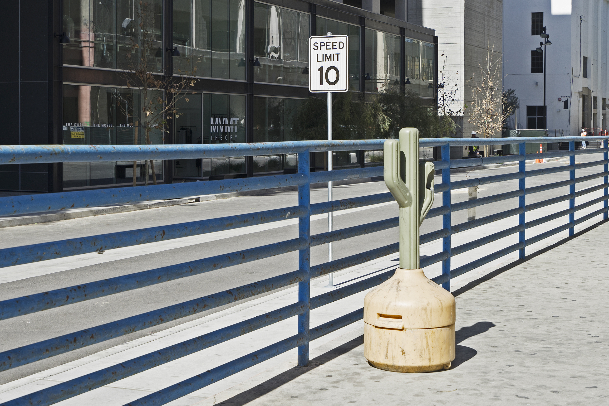 Ash tray shaped as a cactus; Los Angeles | Photo: Matthias Ries